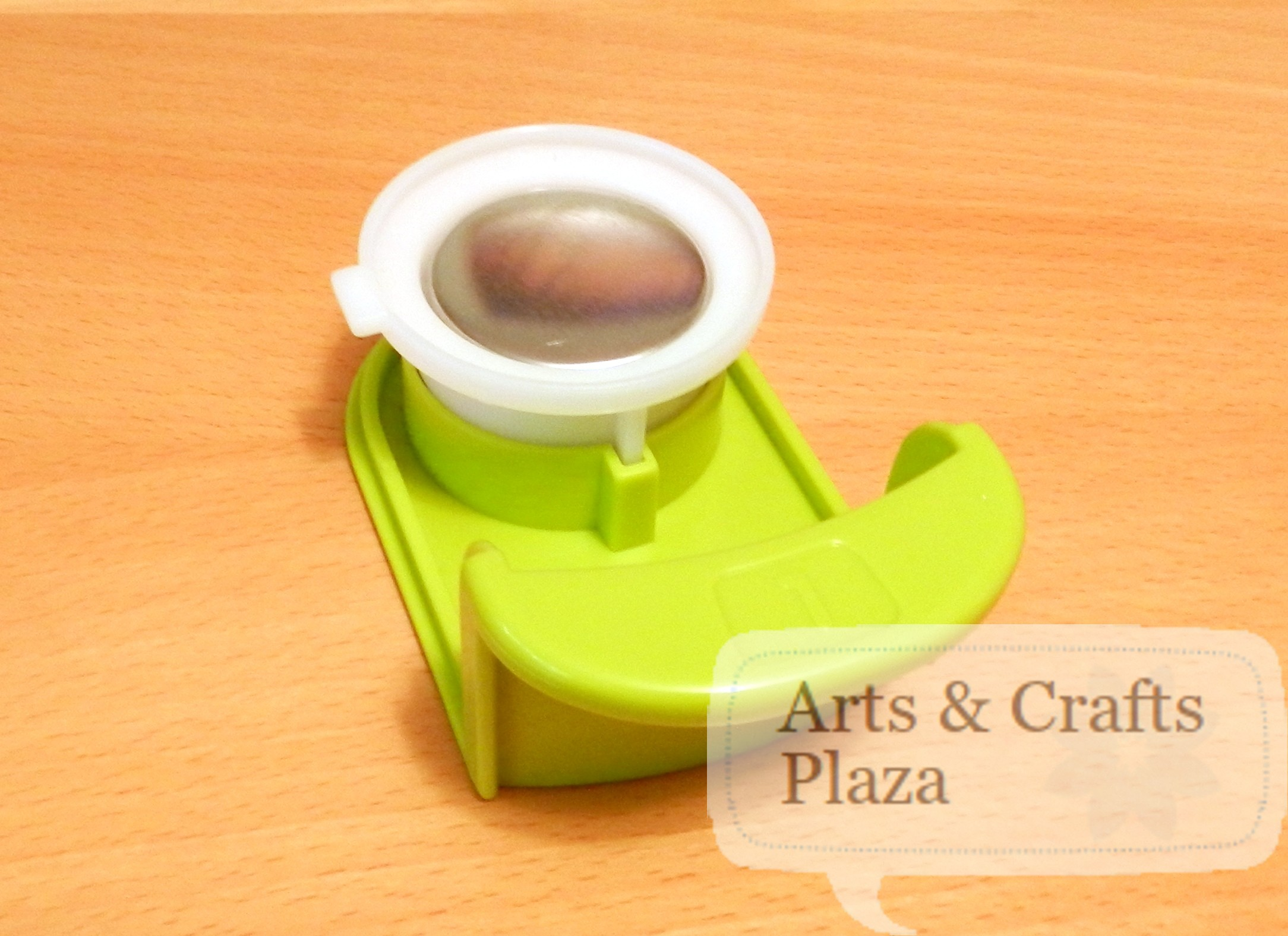 Button maker 14 arts crafts plaza for Michaels crafts button maker